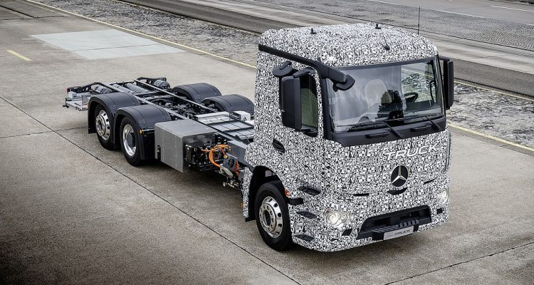 Mercedes-Benz Urban eTruck Prototype