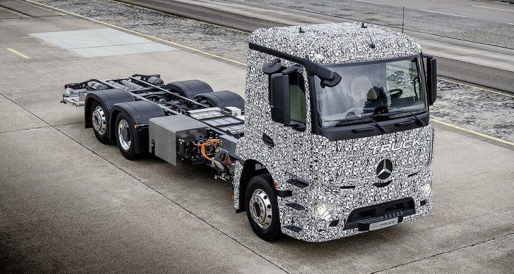 sls 270x250 750x400 - First Look: Mercedes-Benz Urban eTruck Prototype