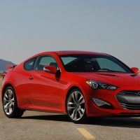 2016 Hyundai Genesis Coupe Right Front Three Quarters