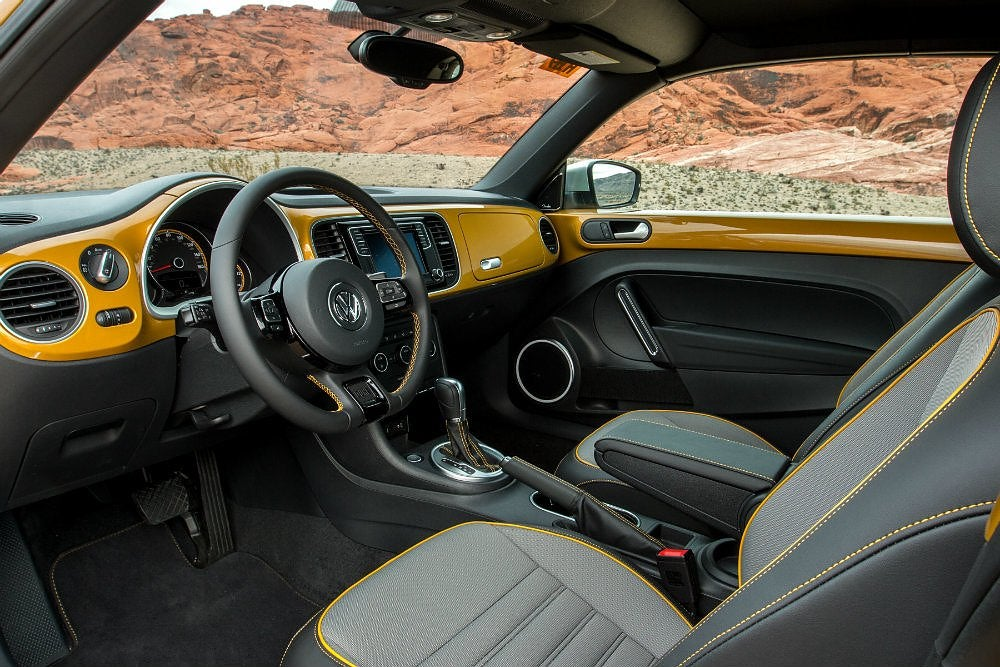 2016 Volkswagen Beetle Dune Drivers Side Interior Shot