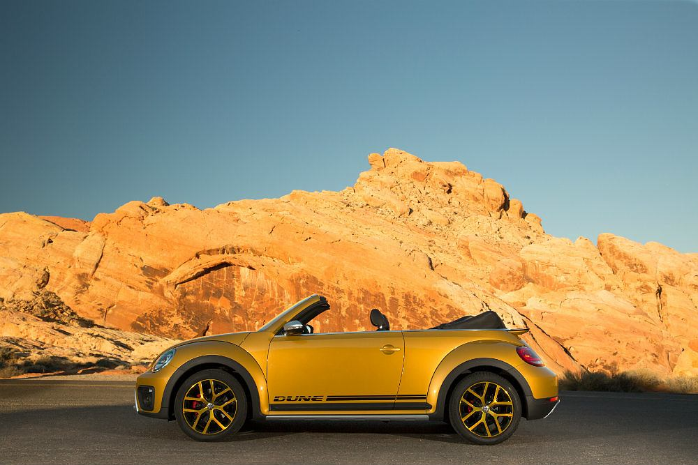 2016 Volkswagen Beetle Dune Drivers Side Profile