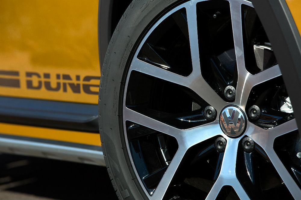 2016 Volkswagen Beetle Dune Wheels
