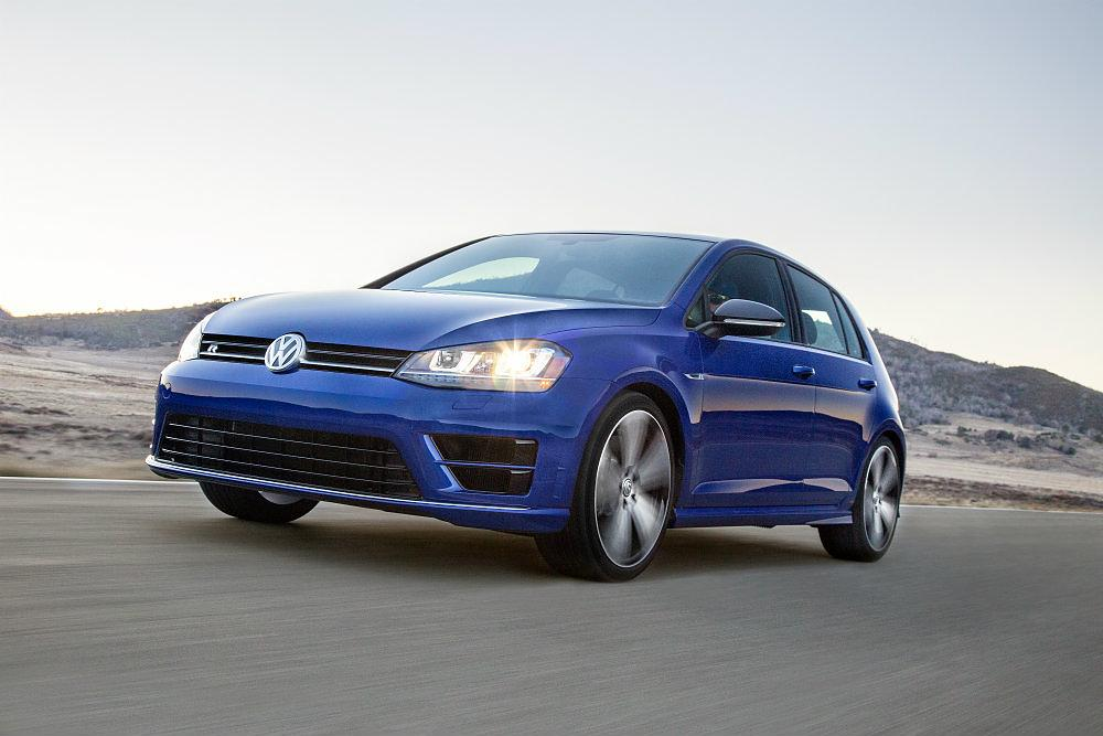 2016 Volkswagen Golf R Hatchback Review