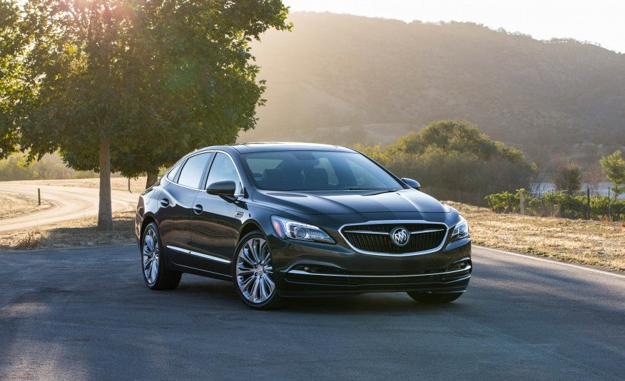 First Look: 2017 Buick LaCrosse