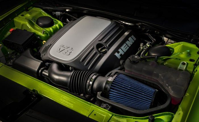 Dodge 5.7 L HEMI V8