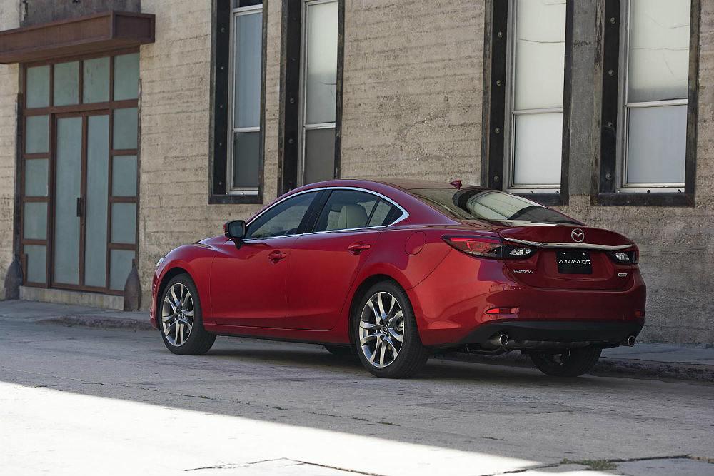 2017 Mazda6 Delivers Premium Treatment & Tech