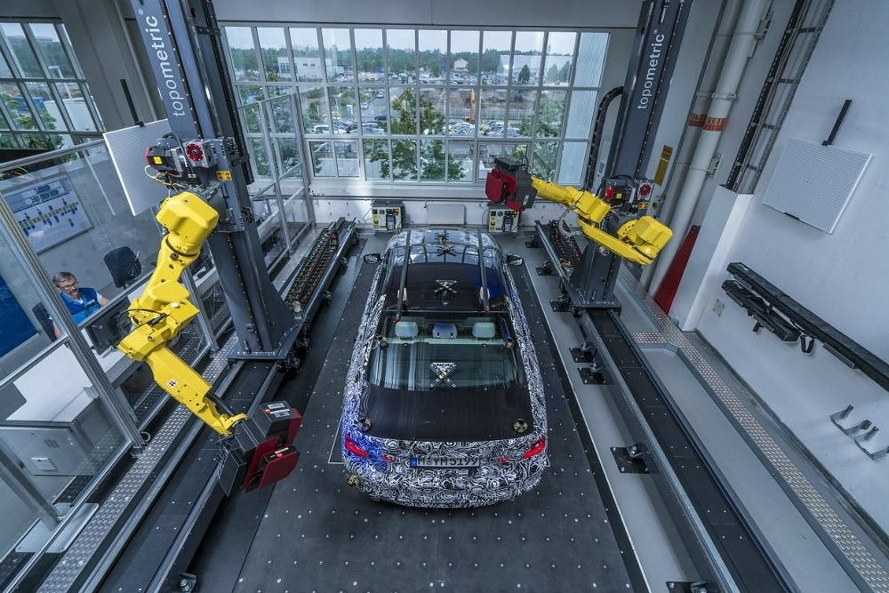 Inside BMW's Optical Measuring Cell