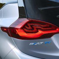 2017 Chevy Bolt EV Extends Range, Offers New Drive Modes