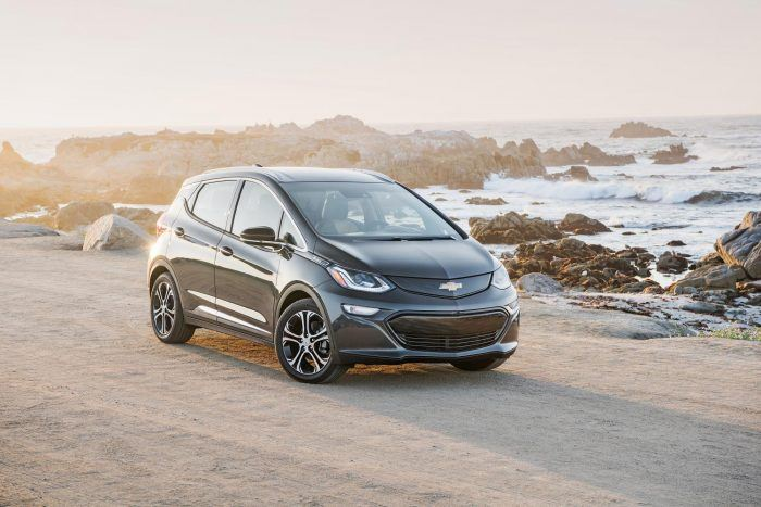 2017 Chevy Bolt EV Extends Range, Offers New Drive Modes