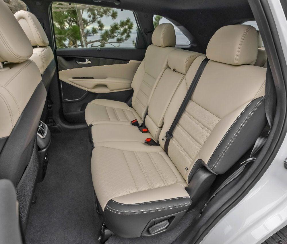 2017 Kia Sorento Rear Seats Photo On