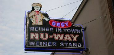 Nu-Way Weiner Stand, Macon, Georgia. Photo: David Harrington