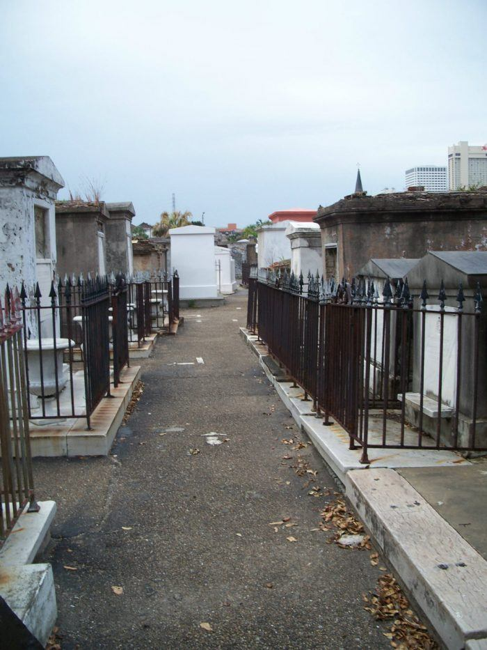 st-louis-cemetery-1-new_orleans