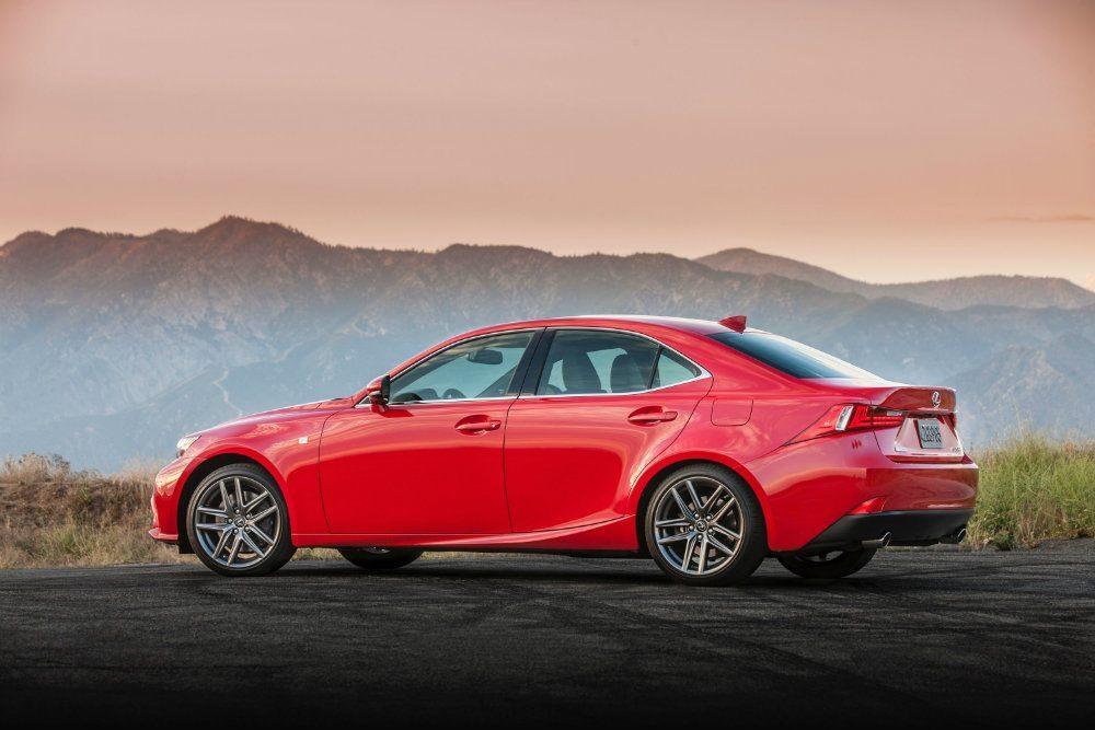 2016 Lexus IS 200t F Sport Review