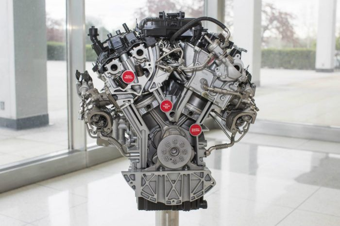 3-5-liter-ecoboost-engine-close-up
