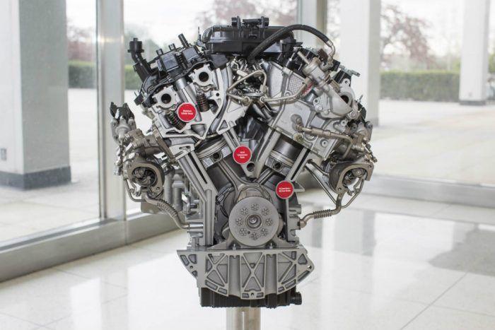 3-5-liter-ecoboost-engine-close-up