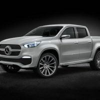 Mercedes-Benz X-Class pickup concept Left Front Three Quarters