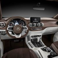 Mercedes-Benz X-Class concept Stylish Explorer Dashboard