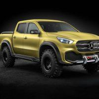Mercedes-Benz X-Class concept Powerful Adventurer Right Front Three Quarters