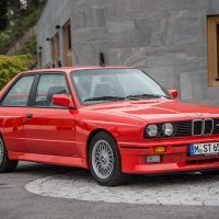 p90233608_highres_the-bmw-m3-e30-09-20_tn