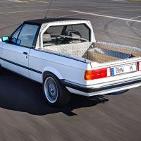 p90236472_highres_the-bmw-m3-pickup-co_tn