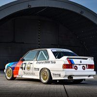 p90237160_highres_the-bmw-m3-dtm-e30-0_tn