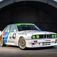 p90237163_highres_the-bmw-m3-dtm-e30-0_tn