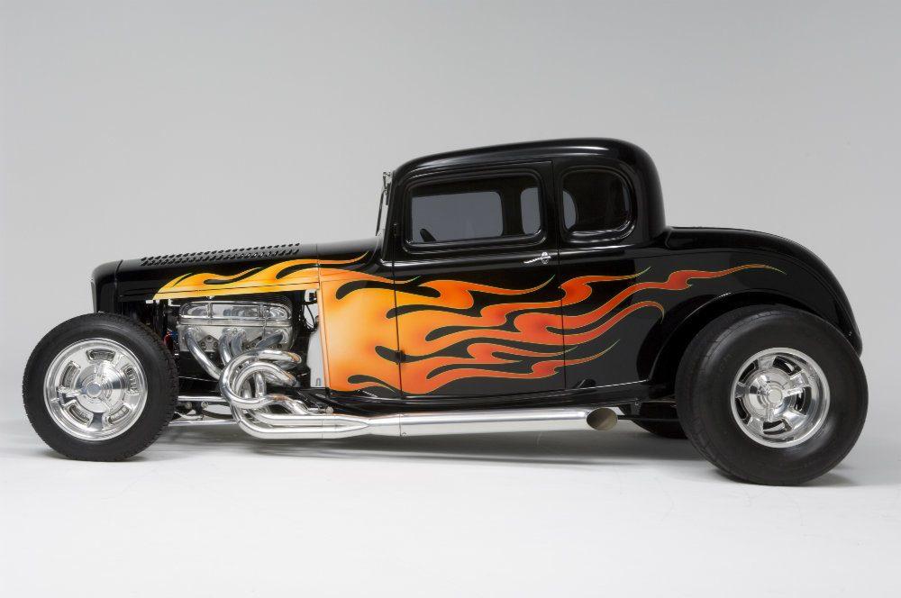 Automoblog Book Garage: Deuce: The Original Hot Rod: 32×32