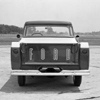 The rear tailgate of the '58 Ford F-100 had the Ford lettering outlined across the sheetmetal.