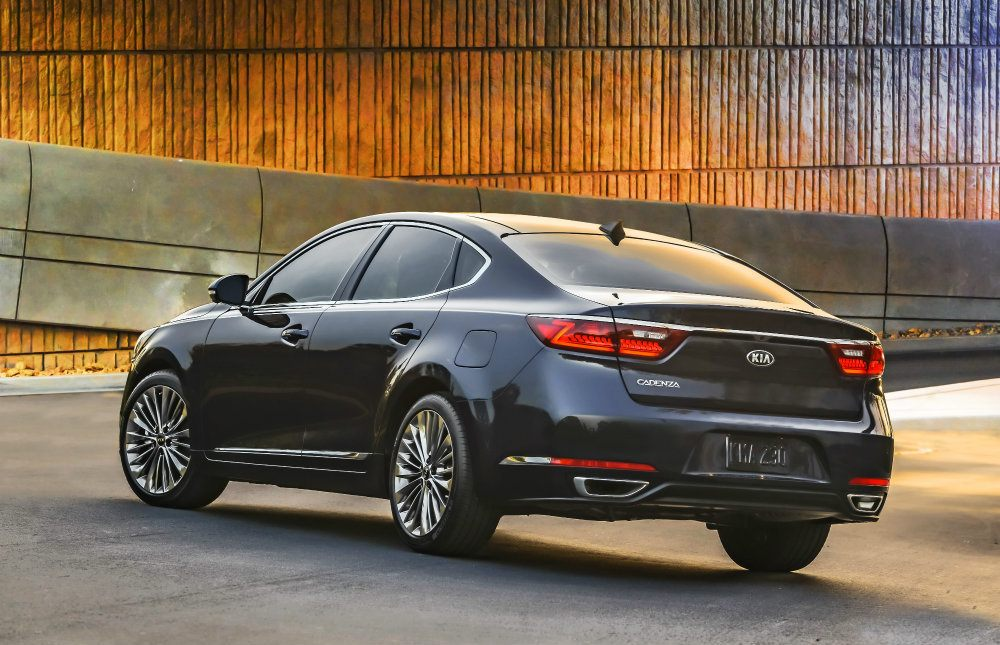 2017 Kia Cadenza: Premium Over Luxury