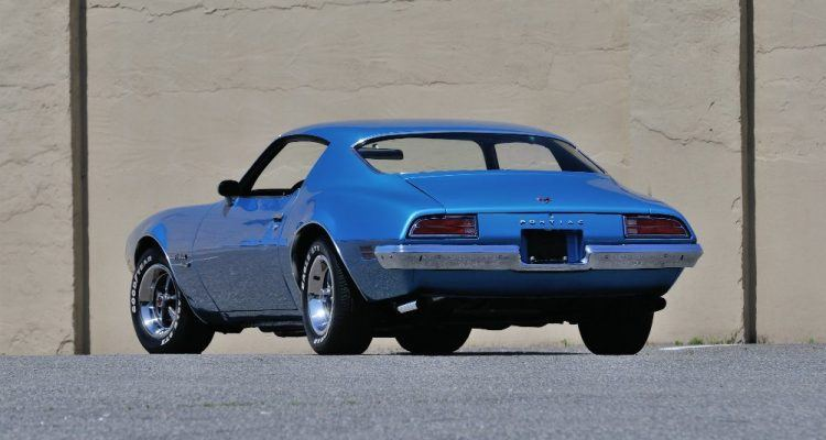 In the days before the introduction of mandated bumpers that actually protected the body, the 1970 Firebird Formula 400 had a purity of line that was on par with the best designs from Europe. The Pontiac stylists were heavily influenced by the designs coming from the Continent.