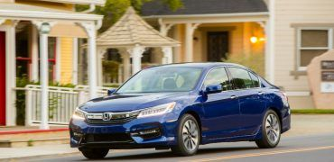 2017_honda_accord_hybrid___41