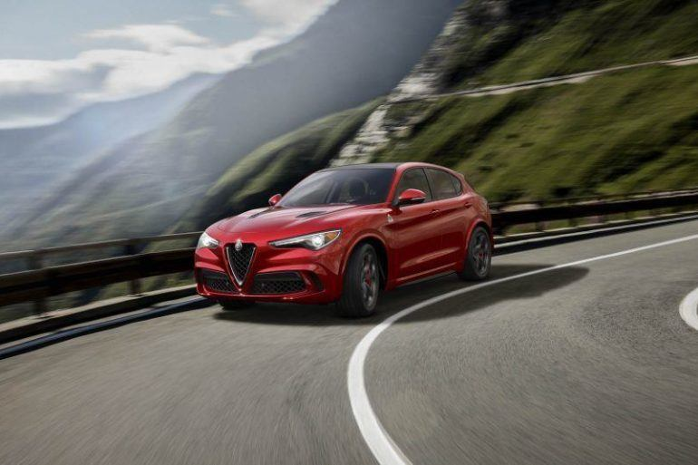 2018 Alfa Romeo Stelvio 101 1 876x535