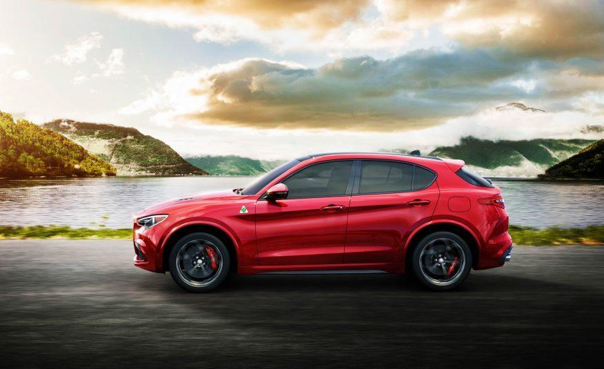 2018 Alfa Romeo Stelvio Left Side Profile