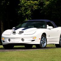 Pontiac built just 360 1999 Trans Am 30th Anniversary Edition convertibles equipped with an automatic transmission. The coupe version and the convertible used different rear spoilers.