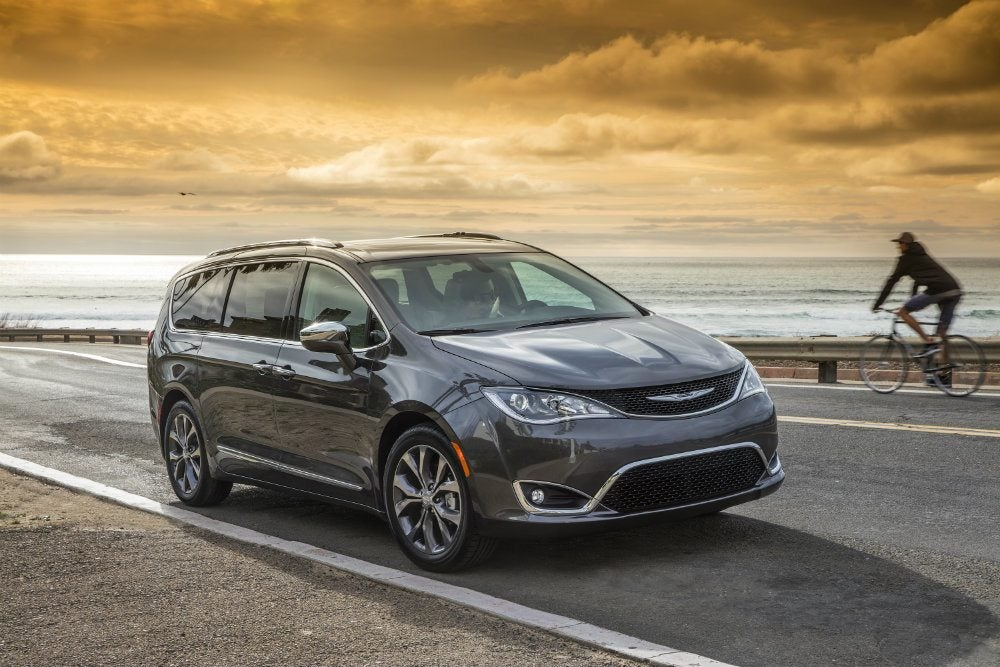 2017 Chrysler Pacifica Touring Review