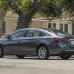 2017 Toyota Avalon Hybrid4