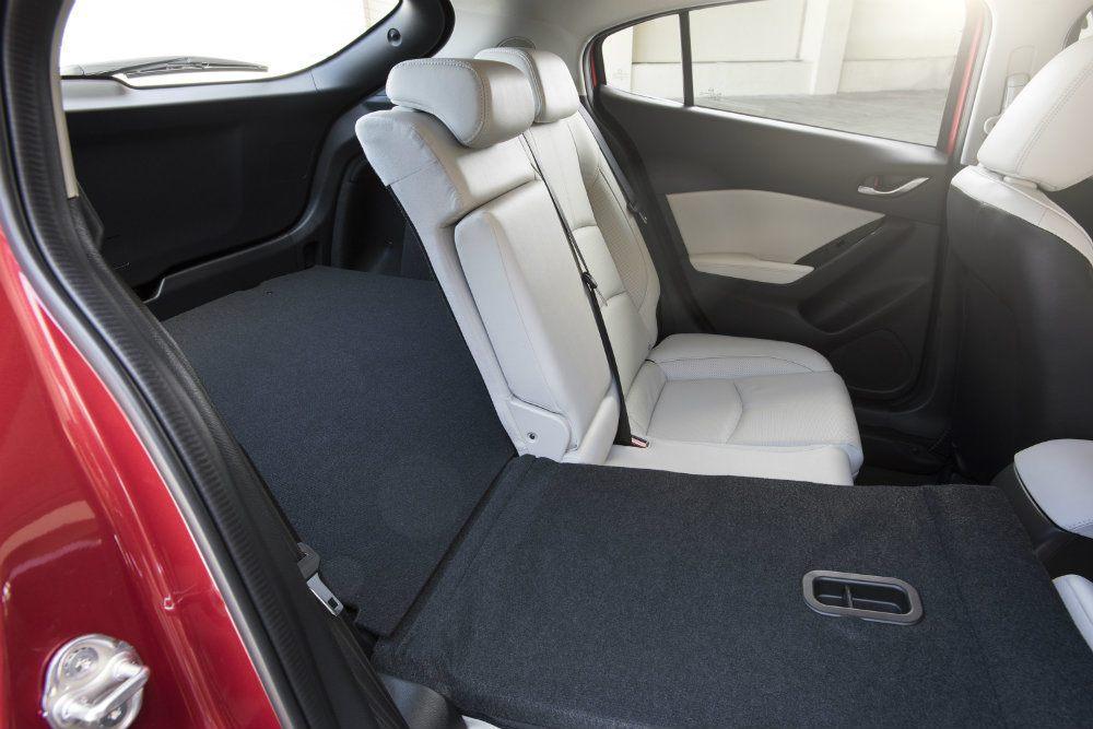 2017 Mazda3 30