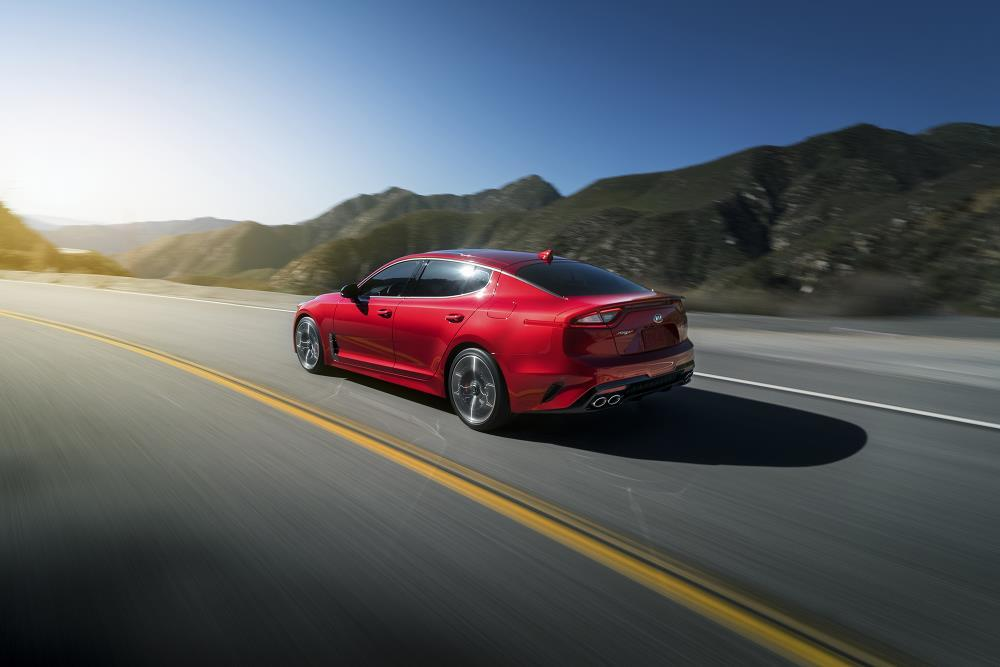 2018 Kia Stinger - Top 5 Cars And Attractions At NAIAS