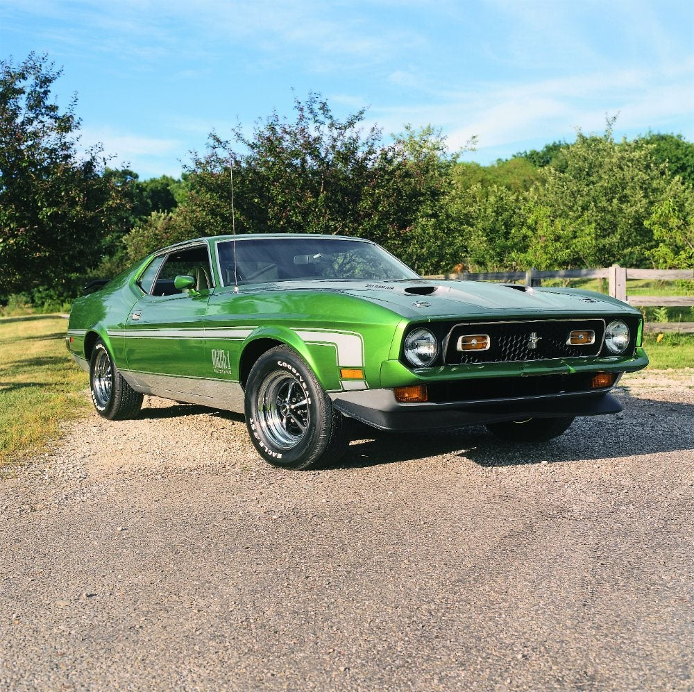 Automoblog Book Garage: Muscle Car Source Book 15