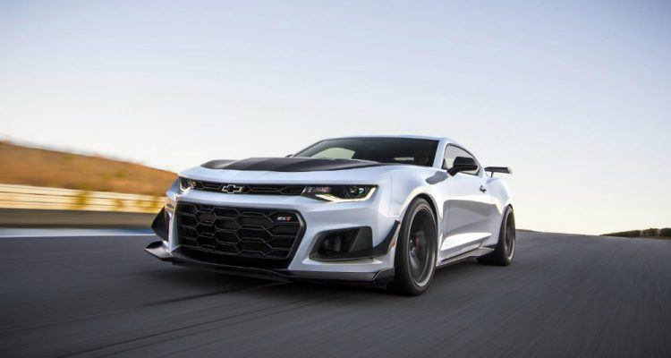 2018 Chevrolet Camaro ZL1 1LE 003 750x400 - 2018 Camaro ZL1 1LE: Hang On, This Thing Is Fast