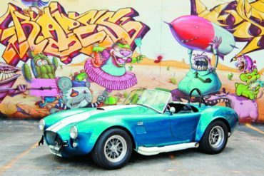 Automoblog Book Garage: Shelby Cobra Fifty Years 25