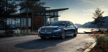 1341620 17 LNC CTN 200032 Hires CMYK 151207 370x180 - 2017 Lincoln Continental: Feeling A Little Blue