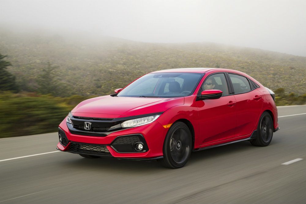 2017 Honda Civic Hatchback 02