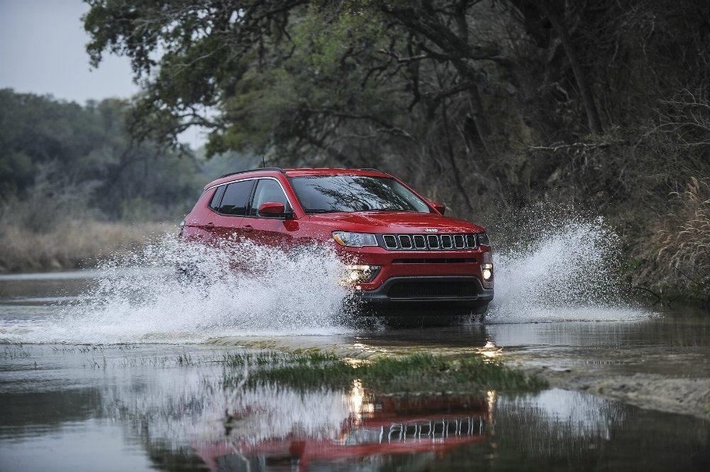 Jeep Compass 1473re7spi134o6pe00dod4per726f35