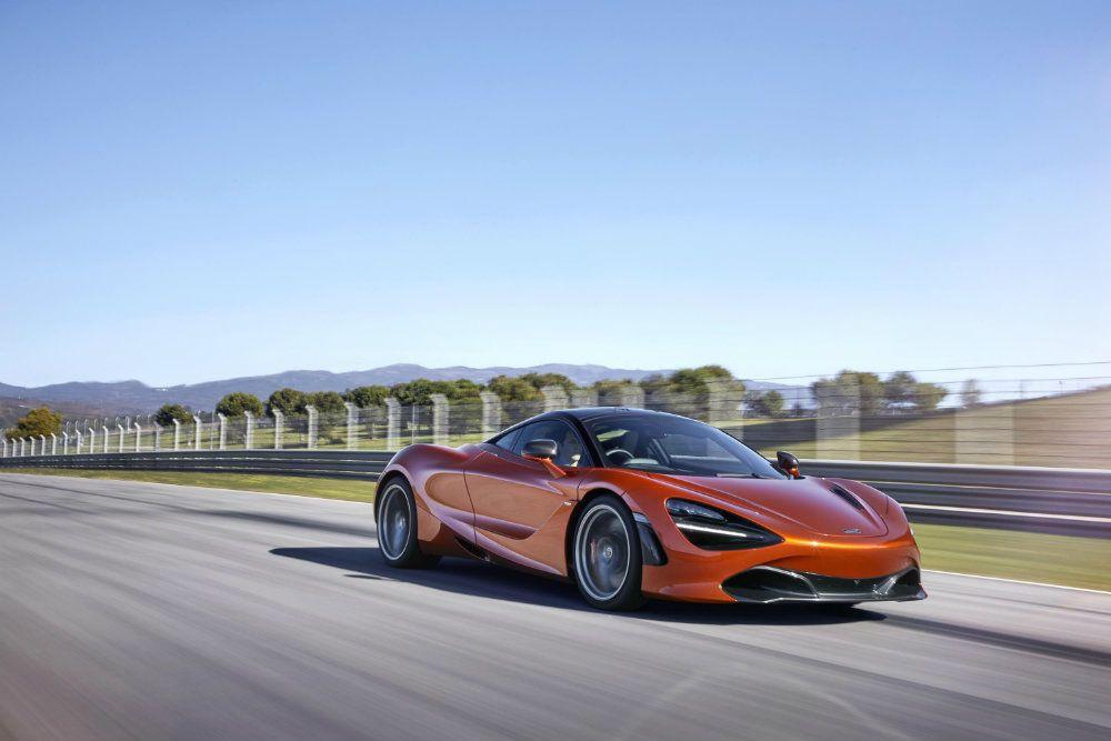 McLaren 720S 18 Action