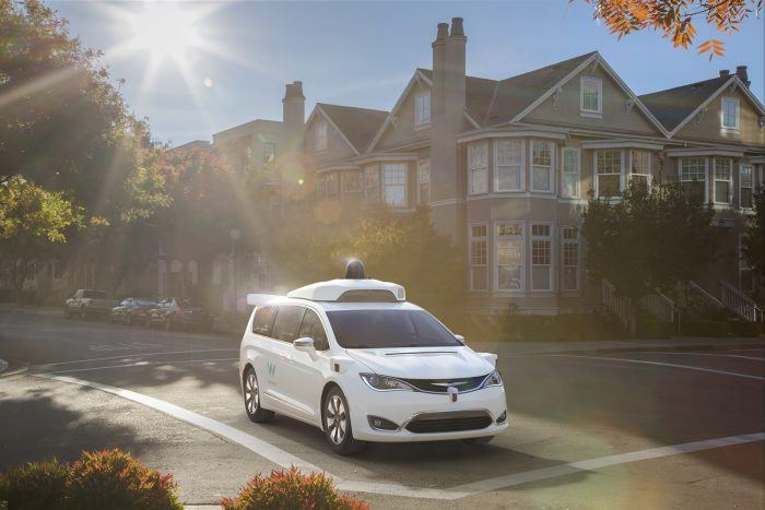 Waymo FCA Fully Self Driving Chrysler Pacifica Hybrid 2ldeghj3cved52hi31ejeel35a5