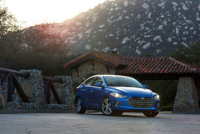 2018 Hyundai Elantra Trim Levels Expand