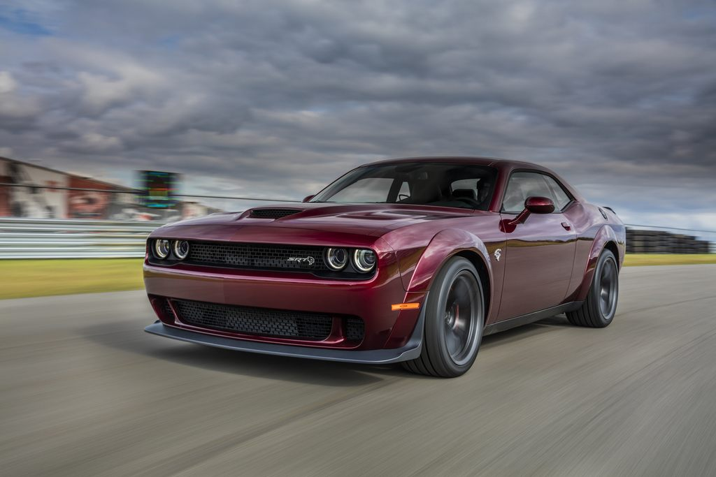 Dodge Challenger SRT Hellcat Widebody: Muscle For Days