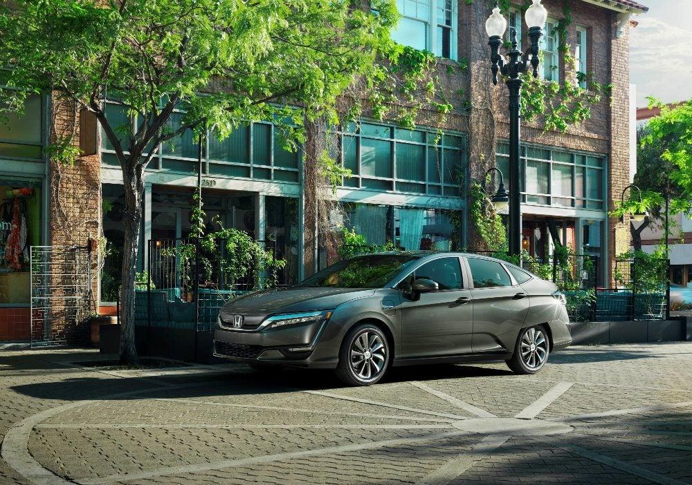 01   2017 Honda Clarity Electric