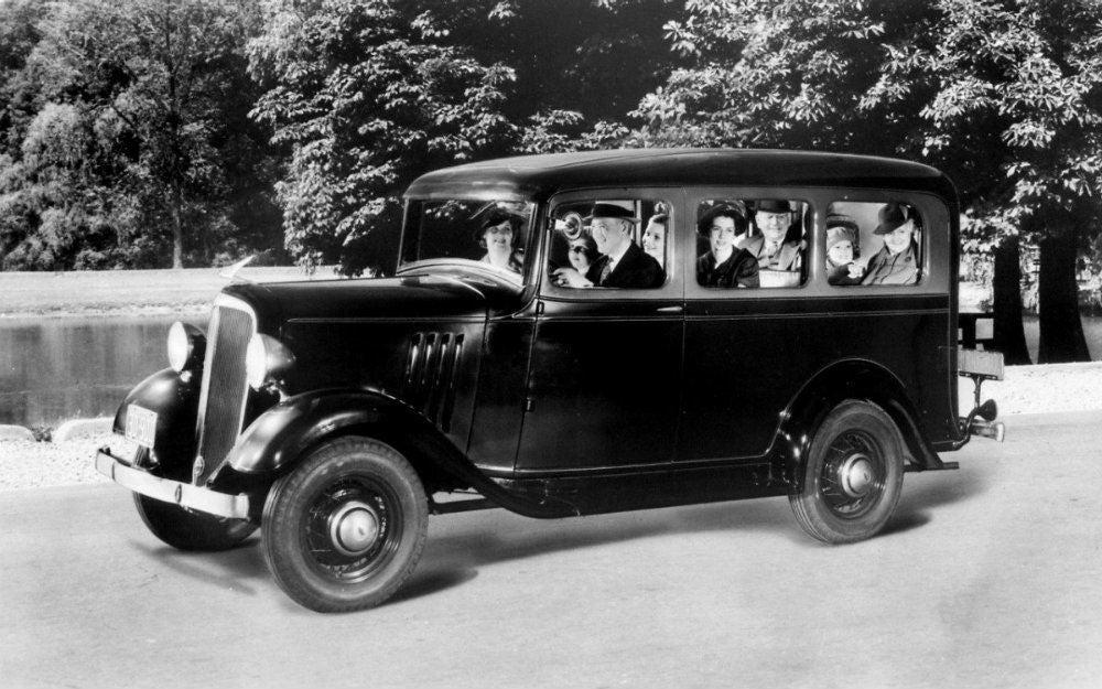 1935 Chevrolet Suburban Carryall medium